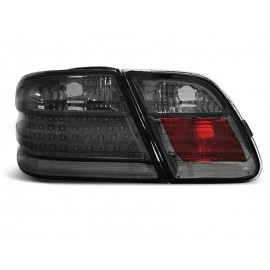 Mercedes E-klasa Sedan (W210) Black Smoked LED - DIODOWE LDME55