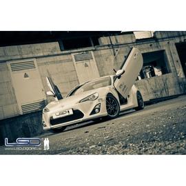 LSD Lambo Style Doors Toyota GT86